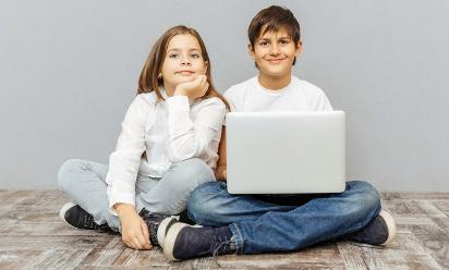 Jaki laptop do szkoły? Najlepsze laptopy dla ucznia
