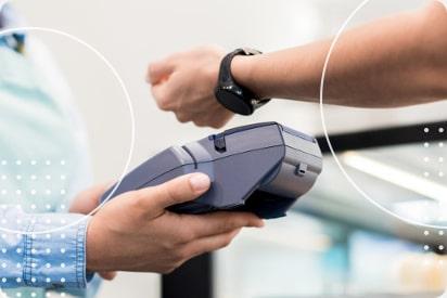 Jaki smartwatch z NFC? Zegarki, którymi można płacić w Polsce